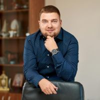 Антон Полтев
