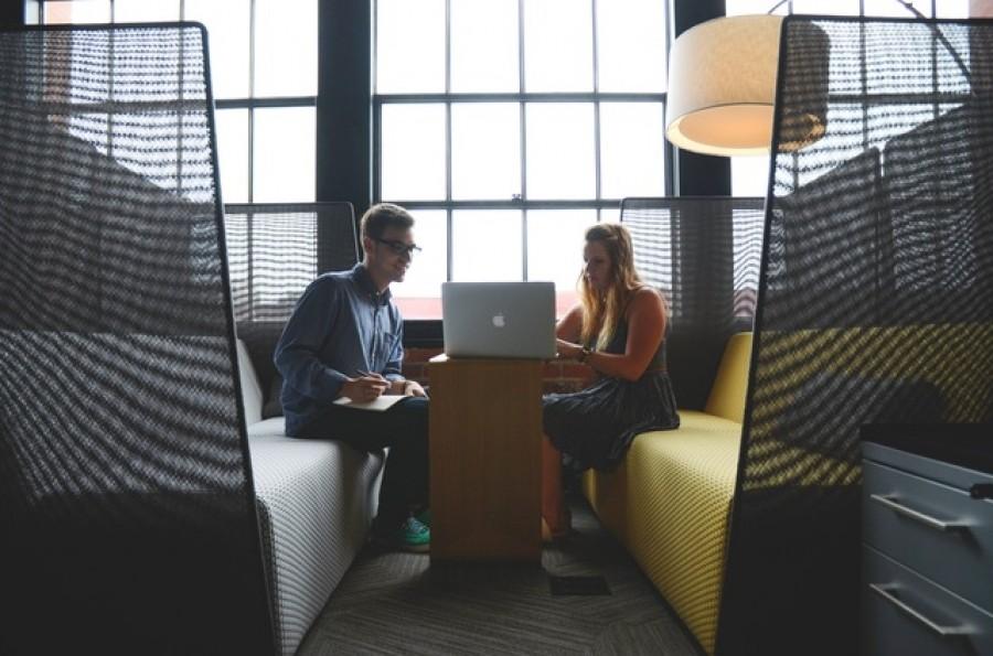 На iGov запущено 233 электронные услуги государства, из которых 45 можно получить полностью онлайн